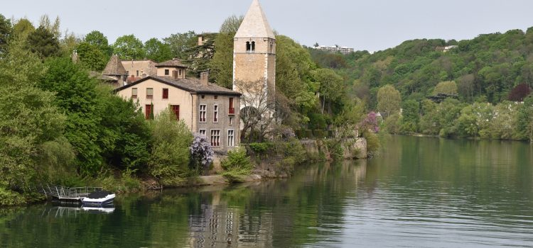 Comment faire du tourisme sur l'île barbe de Lyon ?
